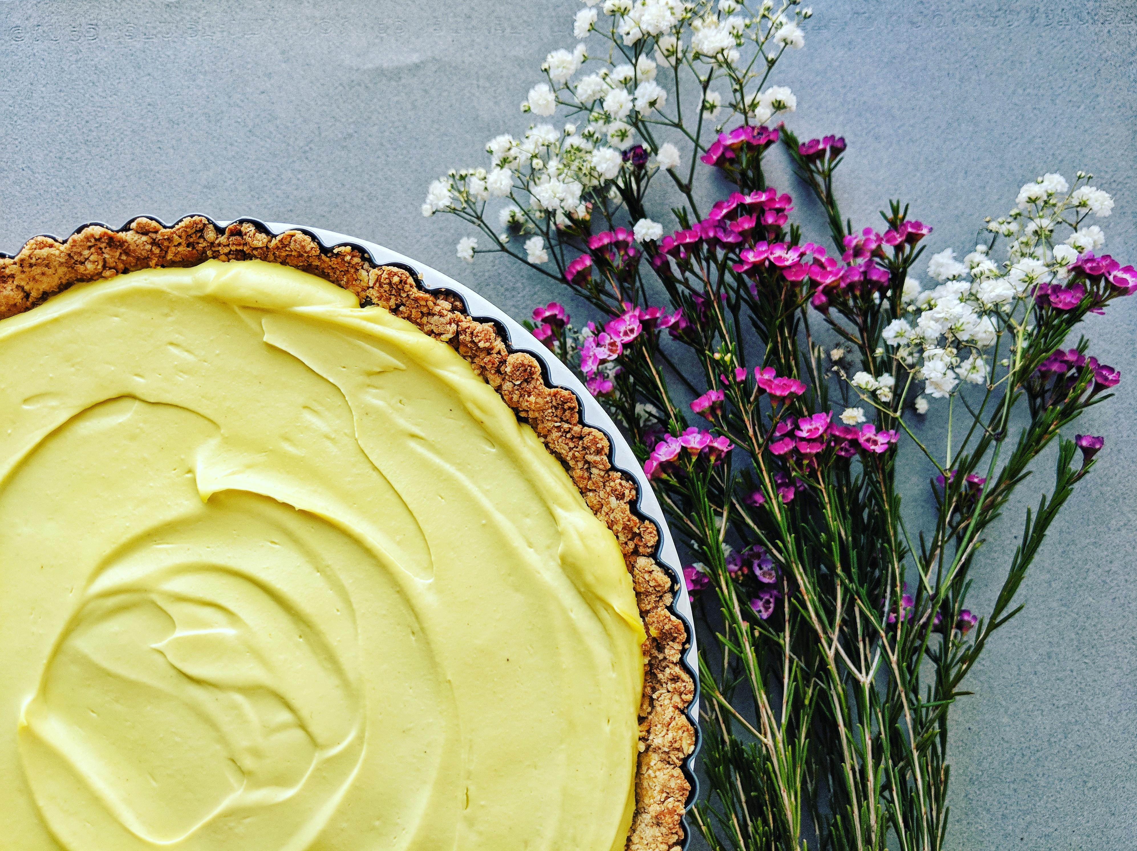 Valentine's Day Vegan Lemon Kombucha Cheesecake | á la laren