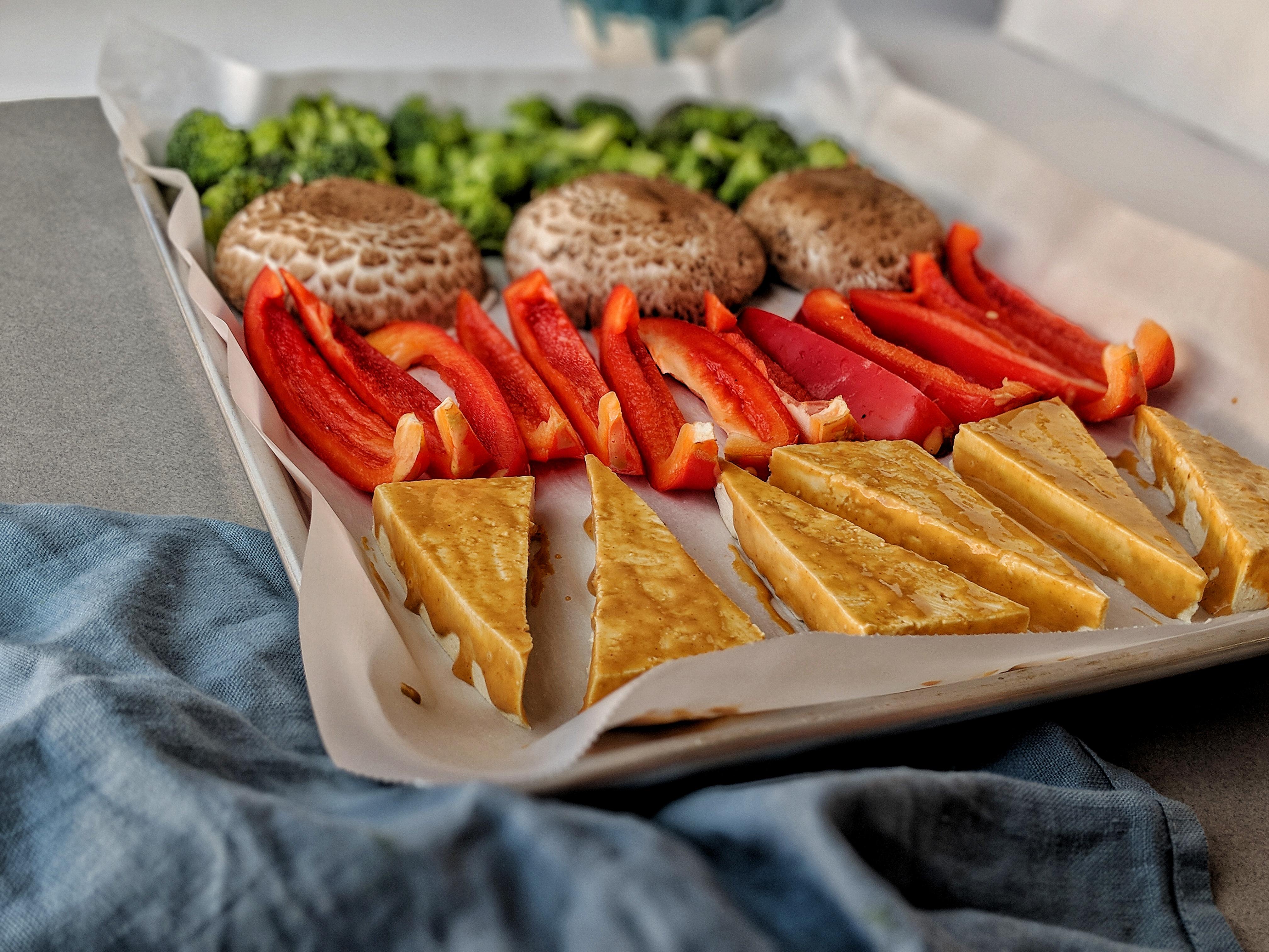 Spicy Peanut Tofu Sheet Pan Dinner | à la laren